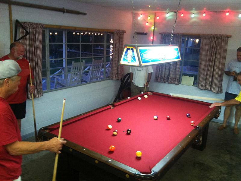 playing-pool